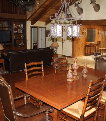 Lake House dining area